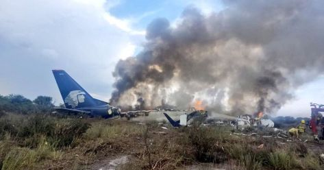 0_Aeromexico-plane-crash-Reports-of-accident-involving-aircraft-near-Durango-in-MexicoJose-Aispuro